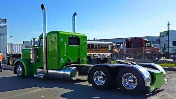 Kenworth T600 in addition Famous Kenworth Cabover Show Truck as well 5121 Truck 1987 Peterbilt Cabover From Iowa80truckstop together with 262686590739601507 further Watch. on custom semi cattle trucks