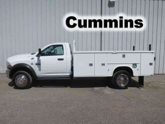 Dodge 4500 11FT UTILITY SERVICE TRUCK (2012)