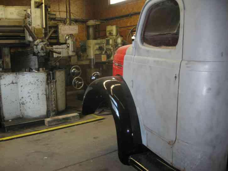 Reo 1949 Medium Trucks