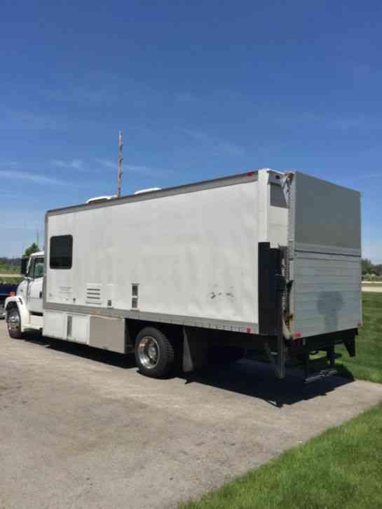 6 Door Truck For Sale >> Freightliner FL70 (1998) : Van / Box Trucks