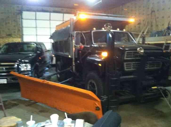 Snow Plow Truck For Sale >> Ford F800 (1985) : Heavy Duty Trucks