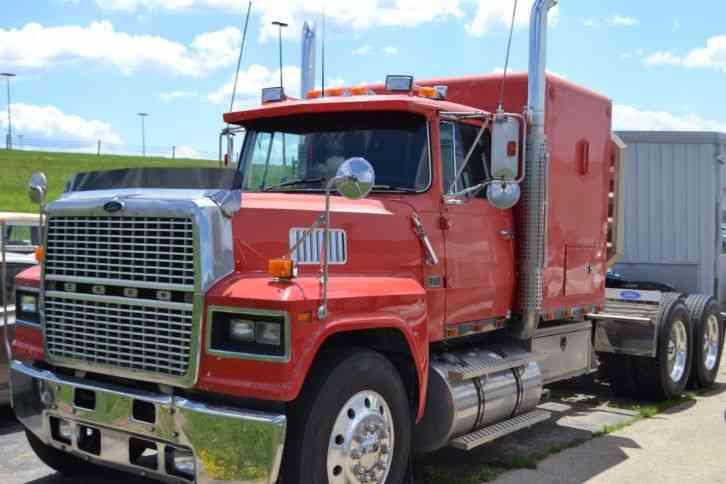 Ford 1987 sleeper semi trucks for Ford truck motors for sale