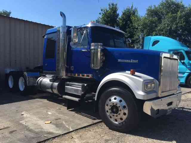 Brand New Volvo Truck For Sale >> Western Star (2009) : Sleeper Semi Trucks