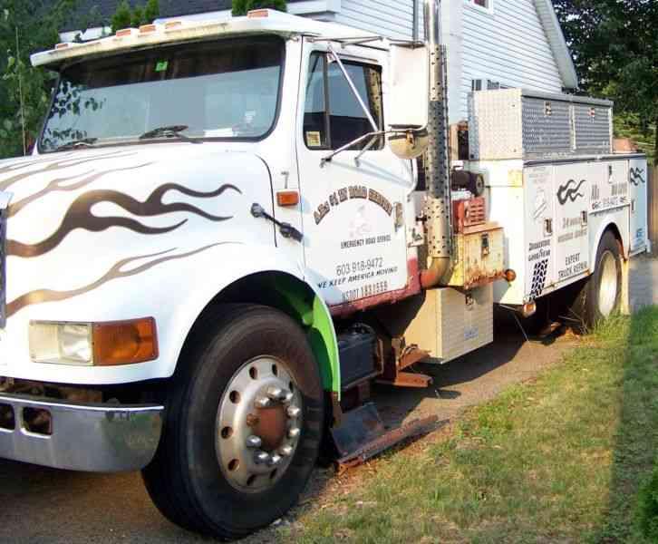 Service Truck International Rebuilt Dt Engine Utility Service Truck on Ranger With Diesel Engine