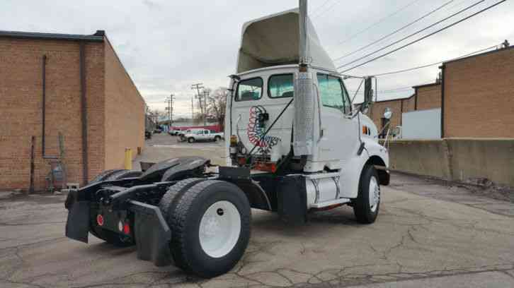 Sterling Freighliner Single Axle Day Cab Hauler Acterra M2