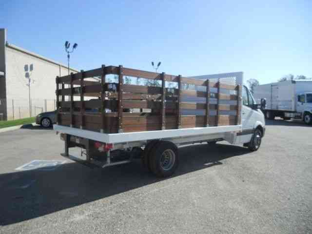Like New Sprinter Flatbed 14ft 11 030lbs Gvwr 3 0l