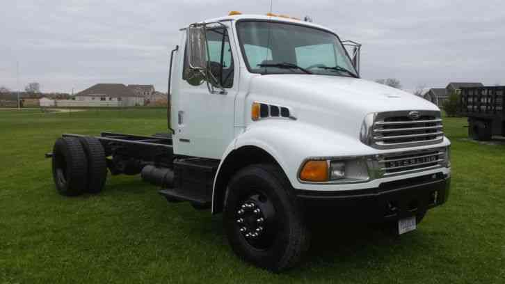 Sterling Acterra  2001    Medium Trucks