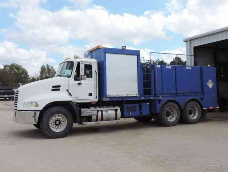 Mack Cx613 2004 Utility Service Trucks