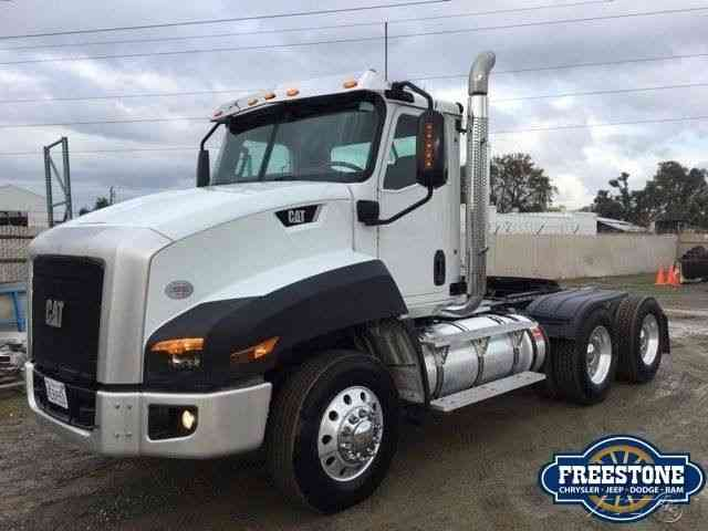 Cat CT660 (2013) : Daycab Semi Trucks