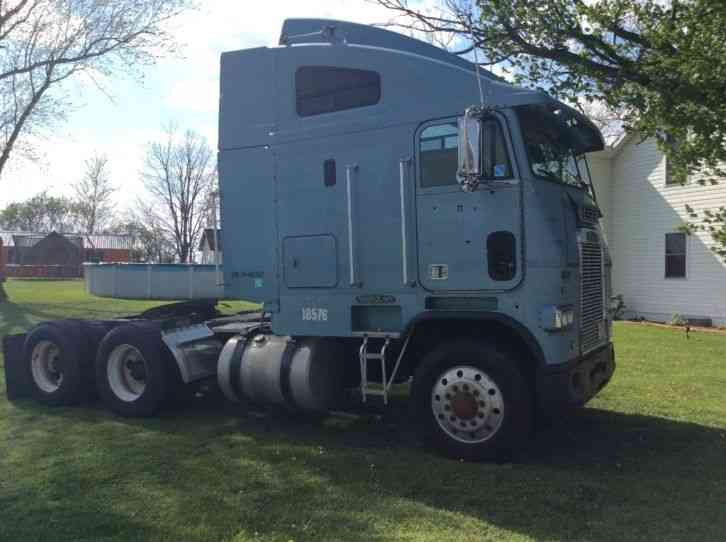 Used Freightliner Semi Truck Jpg Pagespeed Ce Rgggyknhlc on Volvo Truck Injectors