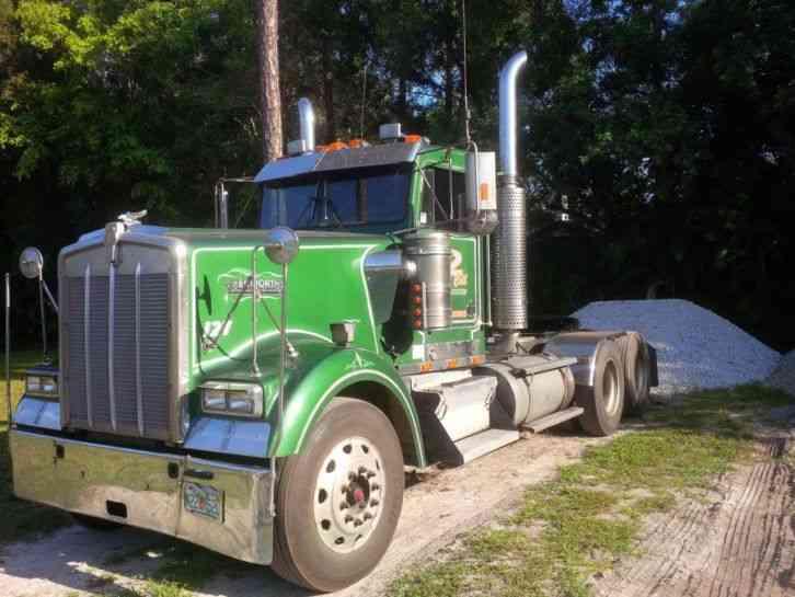 Kenworth 1999 Sleeper Semi Trucks