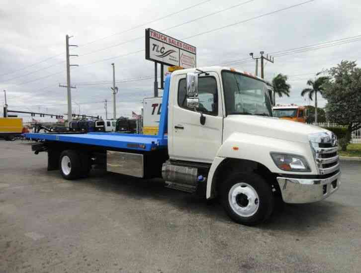 HINO 258LP 21. 5FT *LCG* CENTURY *RIGHT APPROACH ROLLBACK TOW (2015)
