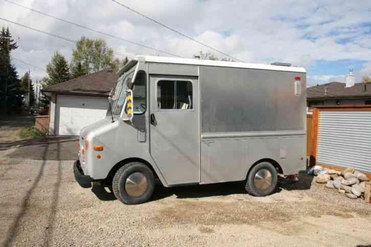 GMC Grumman Olson Step Van (1978) : Van / Box Trucks