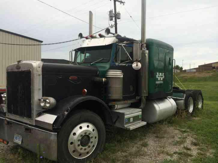 359 (1985) : Sleeper Semi Trucks