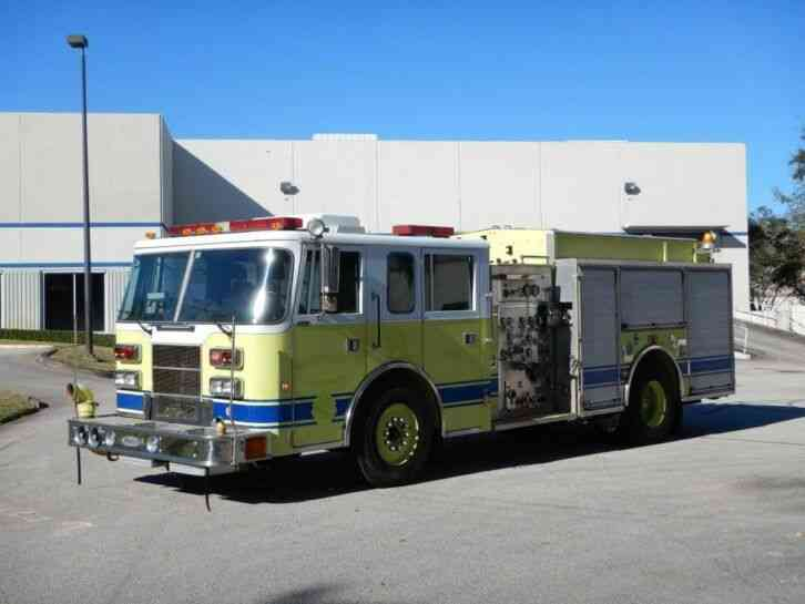 Pierce Saber Fire Truck (1995)
