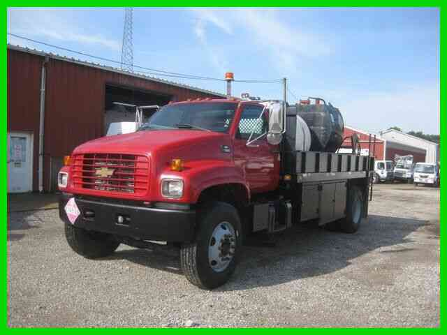 CHEVROLET C7500 CAT 6 SPEED MANUAL WITH 16 FOOT ''KNAPHEIDE'' FLATBED (1999)