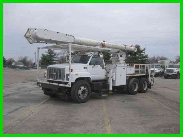 CHEVROLET C8500 3126 CAT, 9 SPEED, TANDEM WITH 60' REACH ALTEC BUCKET/BOOM (1999)