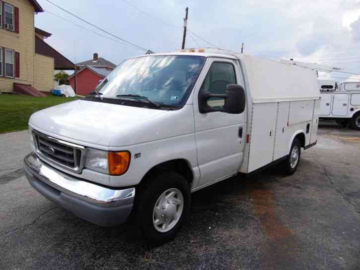 Ford E-350 UTILITY TRUCK SERVICE KUV WALK-IN BED (2003)
