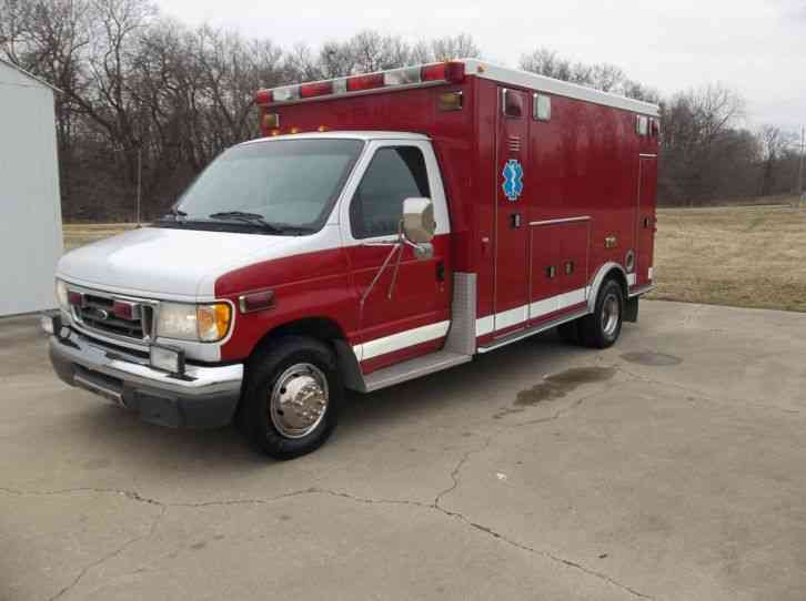 Ford FORD E-450 (2003)