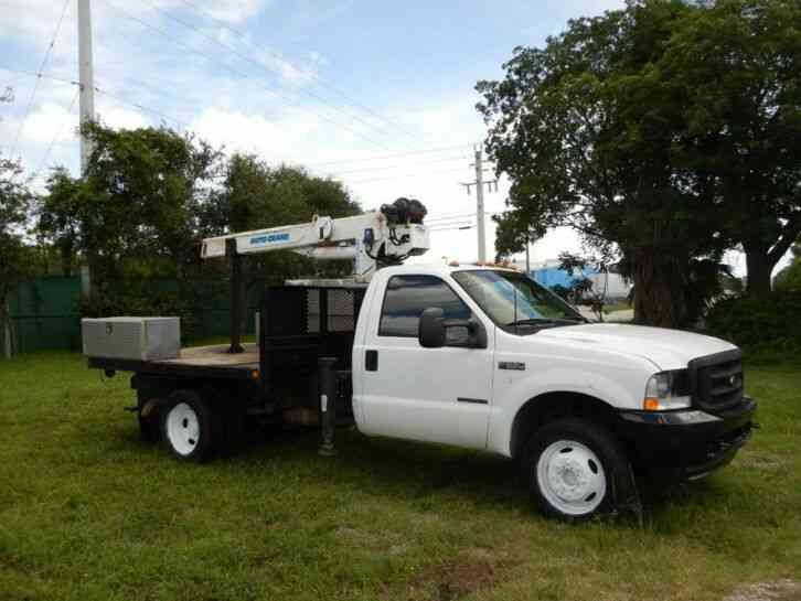 Ford Super Duty F-550 Crane Truck (2003)