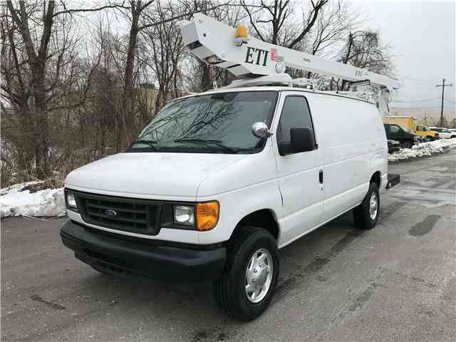 Ford E350 36ft BUCKET TRUCK Commercial Econoline ETI (2005)