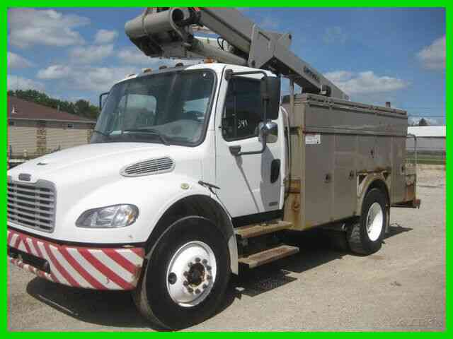 FREIGHTLINER M2, C7 CAT, ALISON , A C, WITH 45' LIFT ALL BUCKET/BOOM (2005)