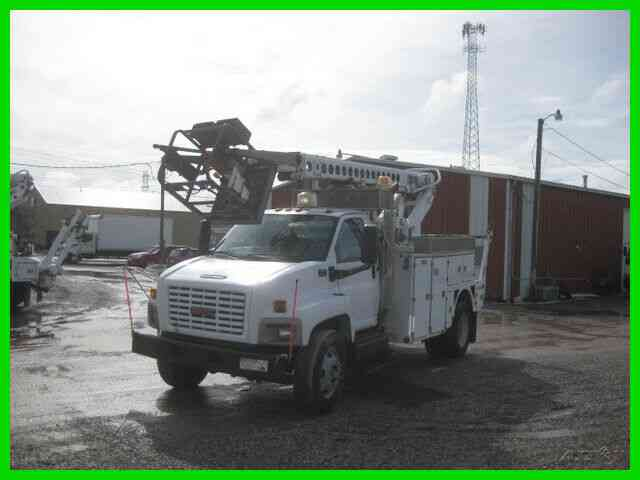GMC C8500, C7CAT ALLISON WITH ALTEC AT40CF CABLE PLACER (2005)