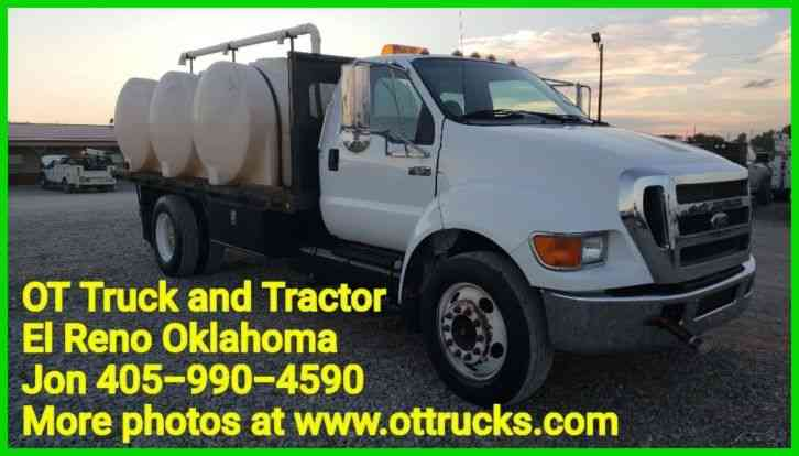 Ford F-650 F650 Flatbed water transport (2006)