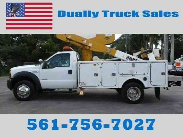 Ford F550 SUPER DUTY (2006)