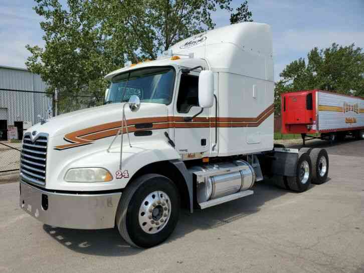 Mack CXN 613 Pinnacle Vision CX (2006)