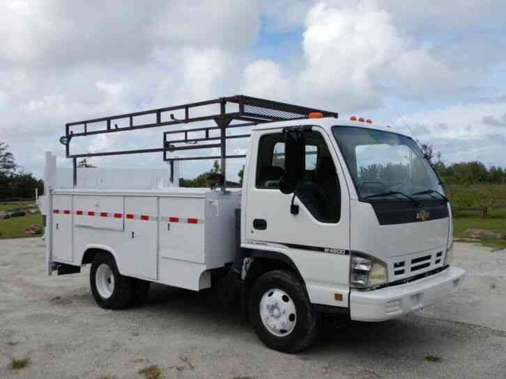 Chevrolet W4500 Service Utility Truck (2007)