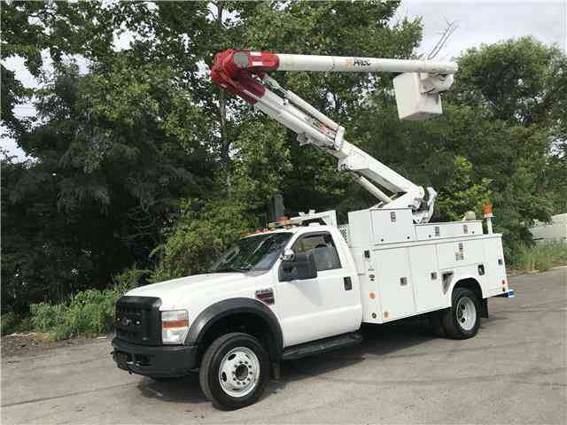 Ford Super Duty F-550 DRW 42ft Altec Bucket Diesel (2008)