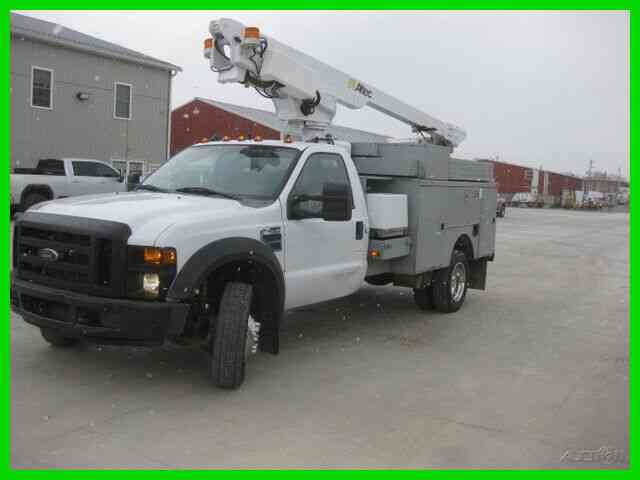 FORD F450 6. 8L GAS AUTO WITH 35. 6 FT REACH ALTEC (2008)