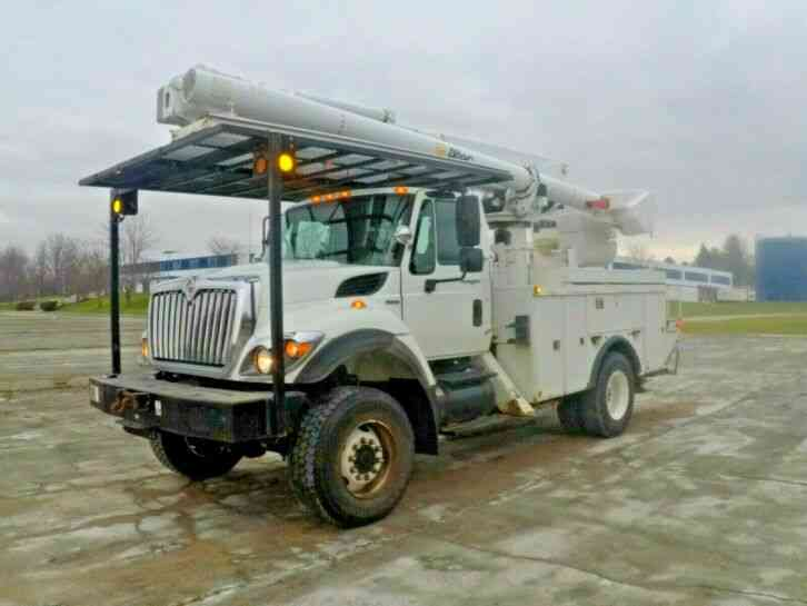 International 7300 SFA 4x4 (2008)