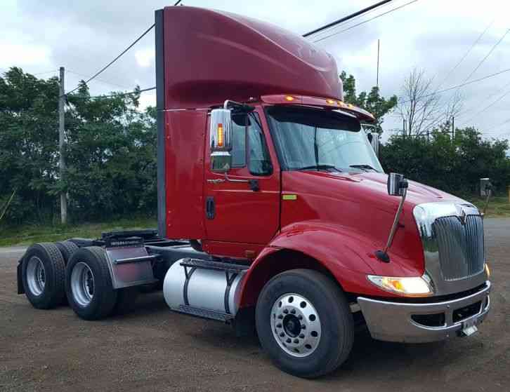 International TRANSTAR 8600 Day Cab (2012)