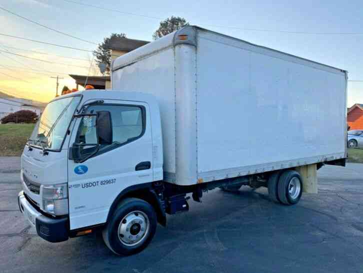 Mitsubishi FUSO FE160 18FT BOX PANEL DELIVERY TRUCK CUBE VAN (2012)