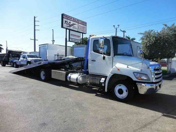 HINO 258LP 21. 5FT CENTURY ROLLBACK TOW TRUCK. . (2013)