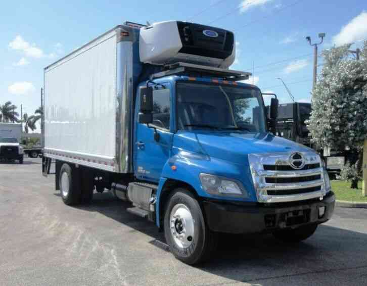HINO 268A 18FT REFRIGERATED BOX TRUCK. CARRIER SUPRA 760 (2015)