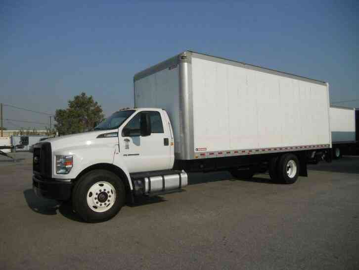 Ford F650 Box Truck24ft w/LIFTGATE 26k lbs GVW - WE FINANCE-SHIP- (2017)