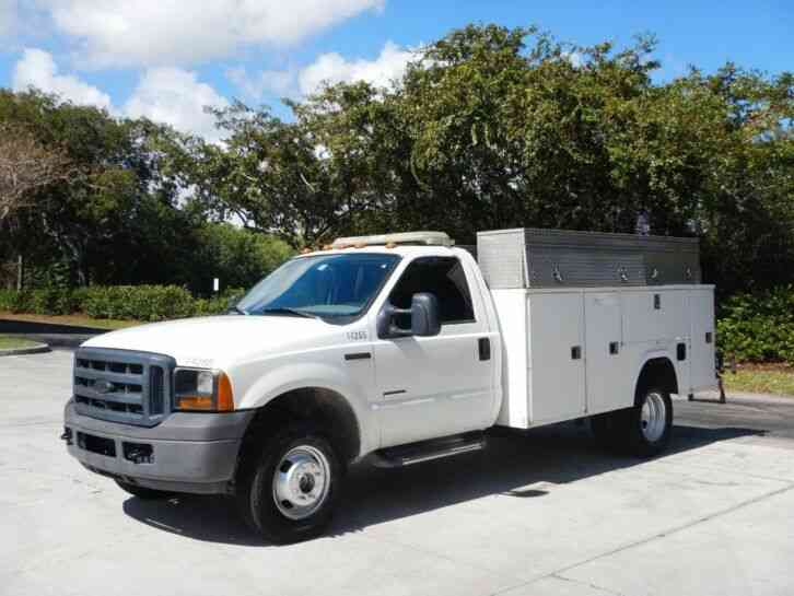 Ford F-350 4X4 Service Utility Truck Service Utility Truck (2006)