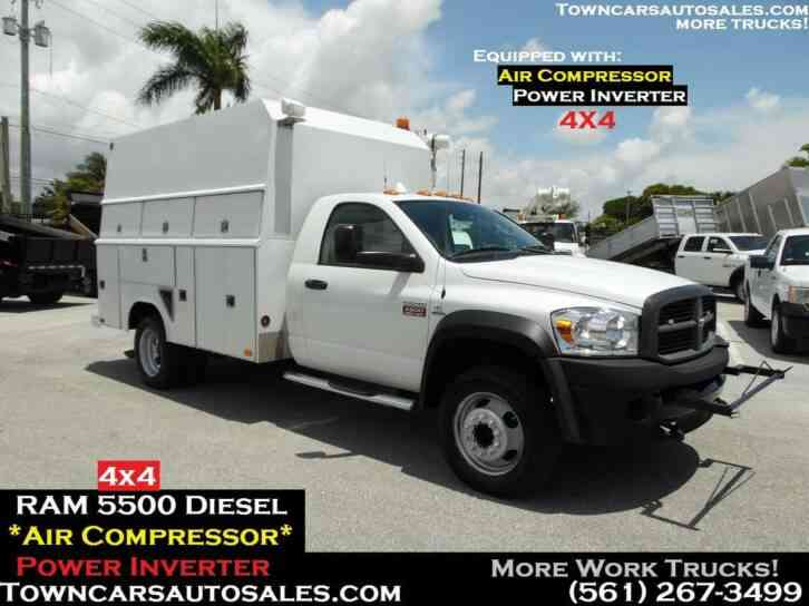 DODGE RAM 5500 4x4 ENCLOSED UTILITY TRUCK AIR COMPRESSOR (2010)