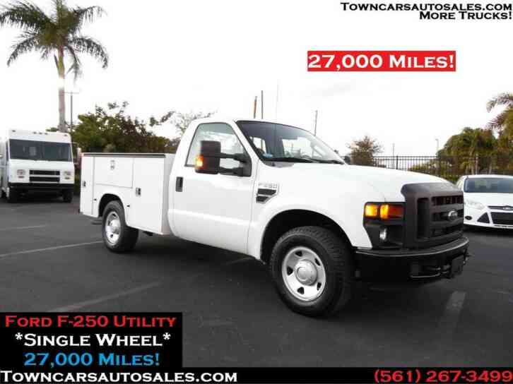 Ford F250 Utility Truck 27, 000 Miles (2009)