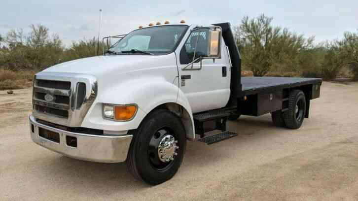 Ford F-650 CAT 16' FLATBED 30K MILES FLAT BED (2005)